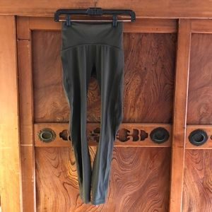 Lululemon dark olive Train Times Pant sz 2 25""